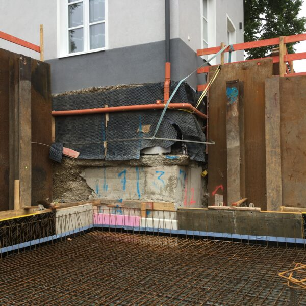 <p>konventionelle Unterfangung, Berliner Verbau</p>